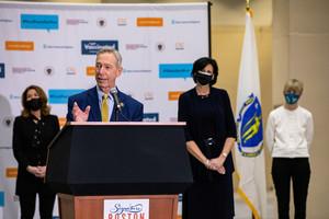 美國會議員呼籲停止購買中國製造的個人防護品