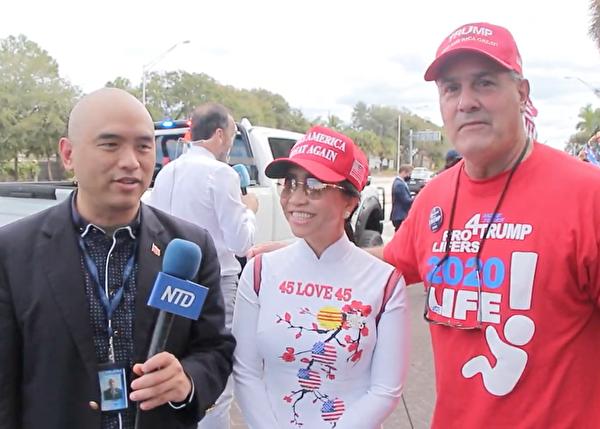 古巴裔美國人瓜迪奧阿‧威洛伊(Guardiooa Willooy)(右一)和越南裔美國人李重(音譯,Jong Lee)(中)表示,他們拒絕讓美國變色。(新唐人)