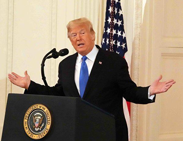 美國總統特朗普發動了中美貿易戰,不少中國精英們把特朗普描繪成了中國改革開放的「總倒逼師」。(亦平/大紀元)