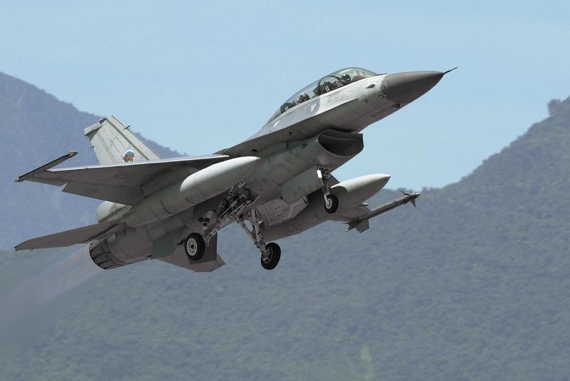 F-16戰機。(PATRICK LIN / AFP)