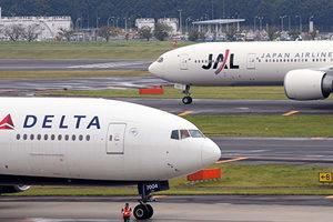 回擊中共 特朗普政府禁中國客機往返美國