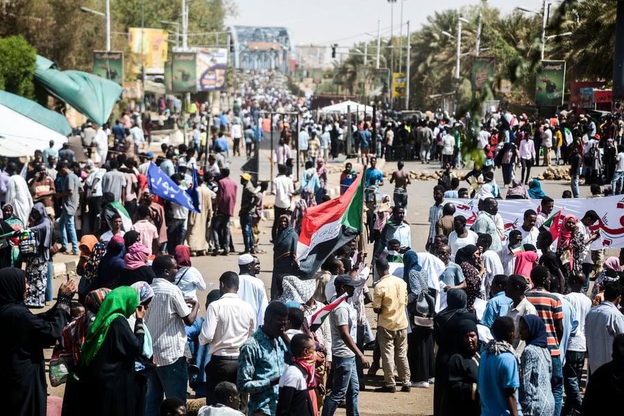蘇丹政變 抗議者要軍方將權力移交民事政府