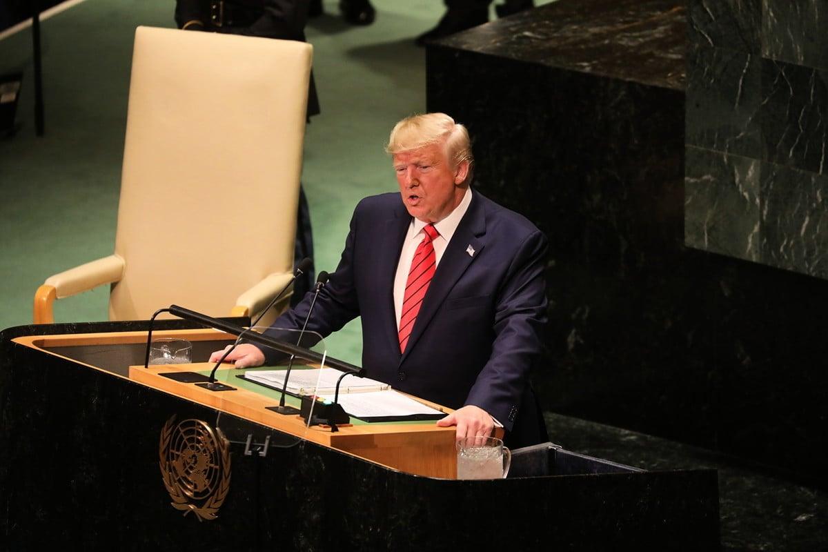 9月24日,特朗普在聯合國大會上嚴厲批評中共在貿易方面的「七宗罪」,在全球進行「掠奪式」貿易。他呼籲世貿進行改革,也希望與中方達成協議,但不接受「糟糕的貿易協議」。(Ludovic MARIN/AFP)