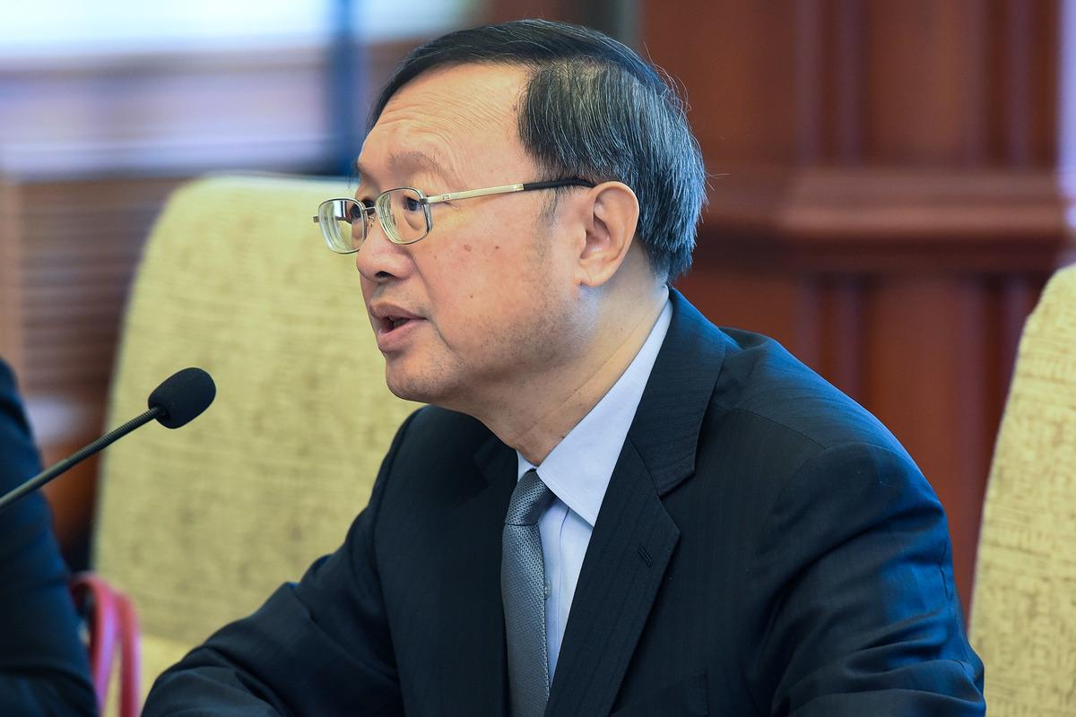 圖為中共排名最高的外交官、中共政治局委員楊潔篪。(Etienne Oliveau/Getty Images)
