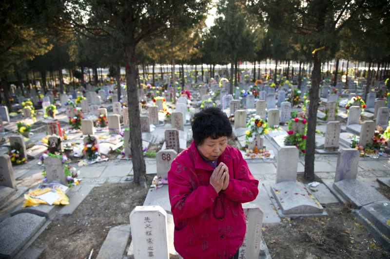 河北邢台強制火葬 土葬遺體遭強挖就地火化