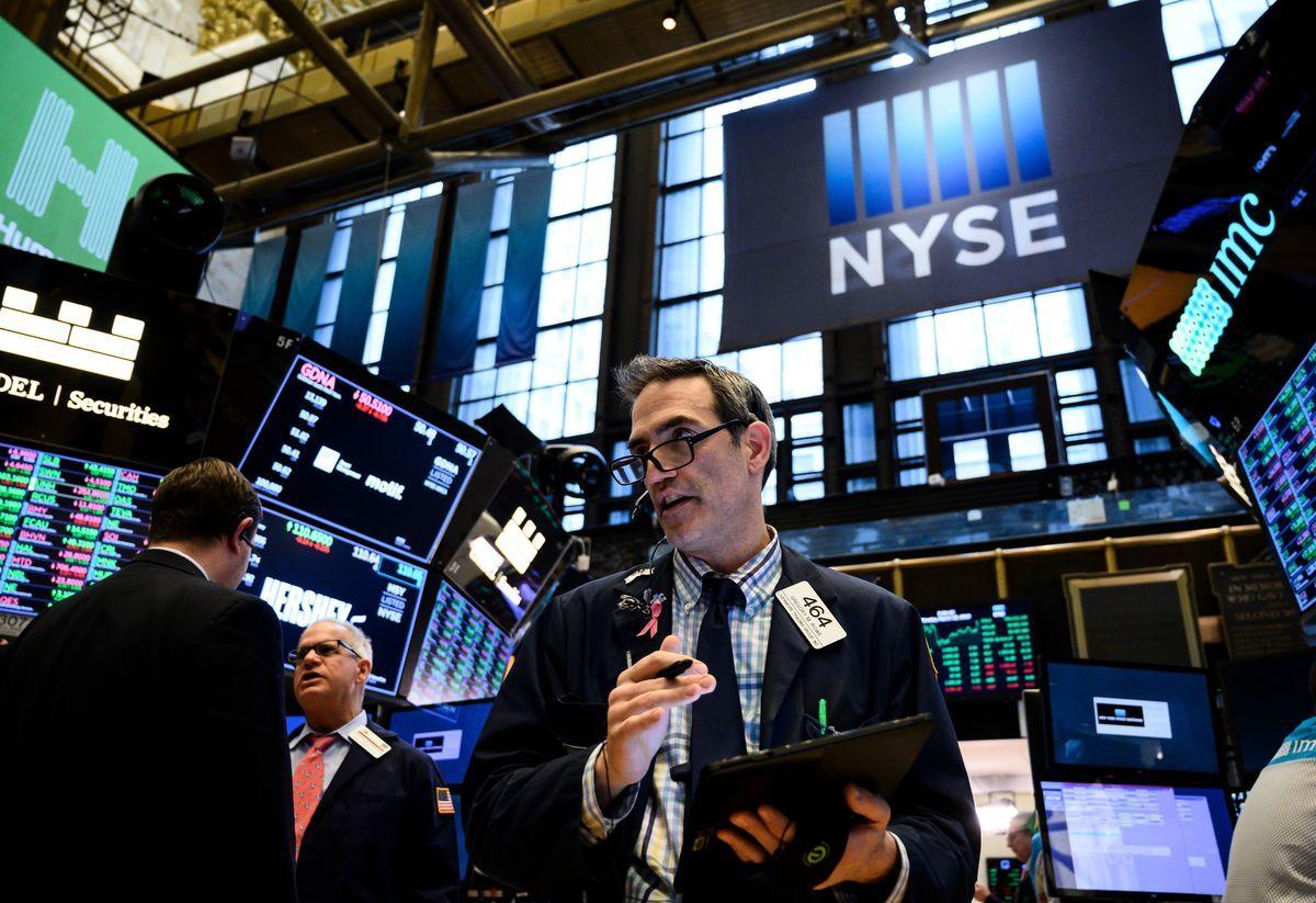 中芯國際申請自願從紐約證券交易所退市,背後原因可能為回歸A股科創板及預防美國相關監管或制裁。圖為2019年3月18日,紐約證交所內。(JOHANNES EISELE/AFP/Getty Images)