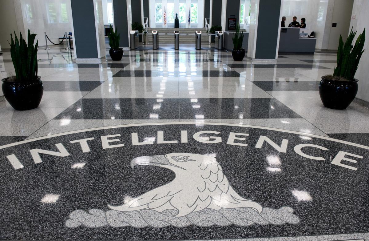 美媒體報道,美國中央情報局(CIA)的最新報告說,中共在1月試圖阻止世界衛生組織(WHO)對中共病毒發出警報的同時,也在從世界各地囤積醫療用品。(SAUL LOEB/AFP/Getty Images)