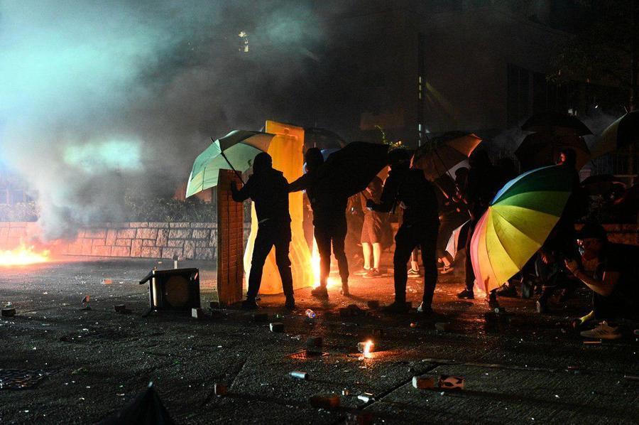 香港理工大學抗議者周日告全體市民書