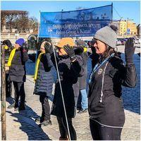 反對中共迫害 瑞典國會議員也學煉法輪功