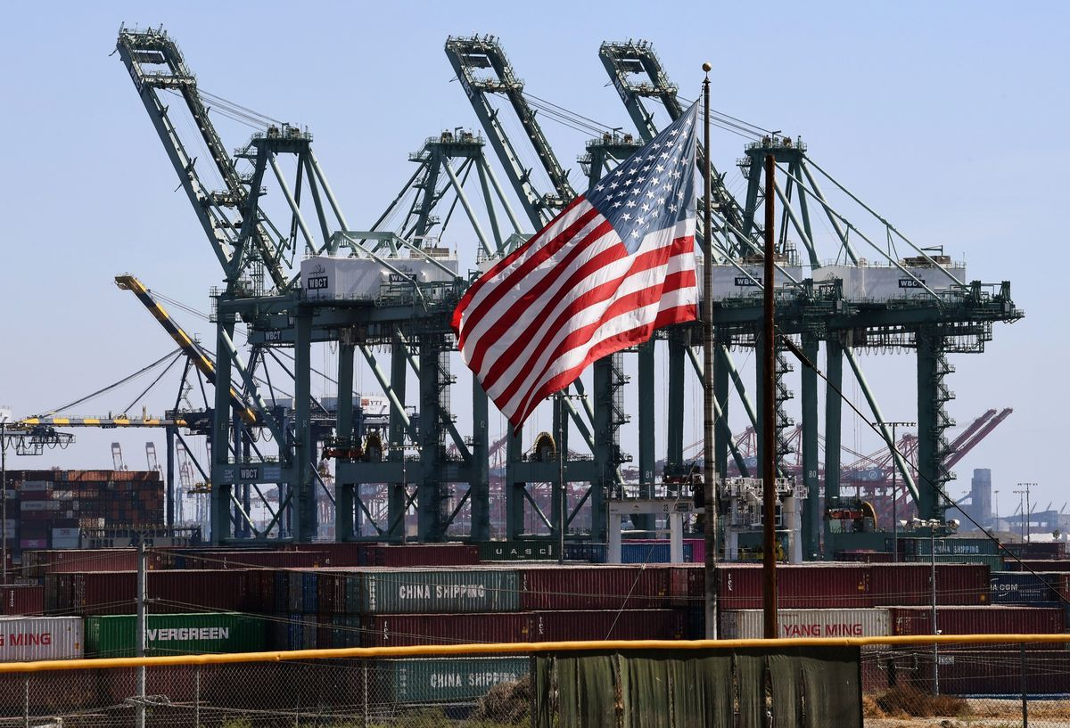 中美貿易關係近日生變,貿易戰似有升級之勢。將近一年前,中美雙方互徵關稅,直到5月7日,關稅仍是貿易戰的主角。(MARK RALSTON/AFP/Getty Images)