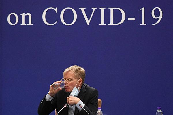 2月24日,艾爾沃德在北京新聞發佈會上。(MATTHEW KNIGHT/AFP)
