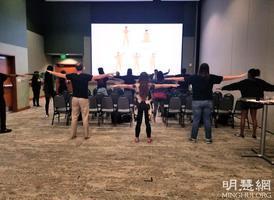 美國大學舉辦法輪功講座  學生讚大開眼界