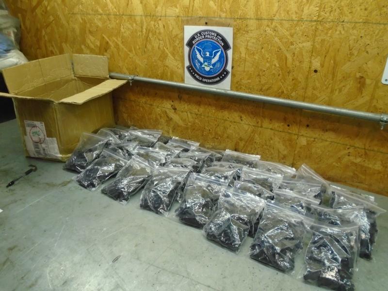 美海關截獲上萬件來自中國非法槍枝零件