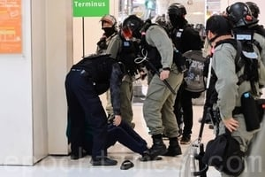 組圖:12.26港人「和你Shop」 警抓多人