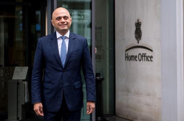 內政部是英國政府最大的一個部門。前英國內政大臣賈偉德(Sajid Javid)曾領導過執法、移民、反恐等重要工作。他是英國歷史上首位擔任重要內閣職位的少數族裔。(Chris J Ratcliffe/Getty Images)