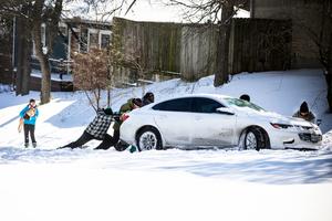致命暴風雪襲美至少15死 逾2億人受影響