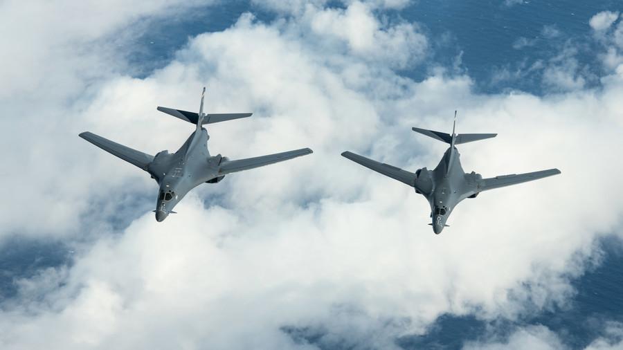 沈舟:航母歸港美機接手 美新防長策略?