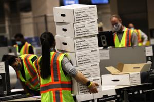 哈佛教授:若爭議選票夠多 特朗普將贏賓州訴訟