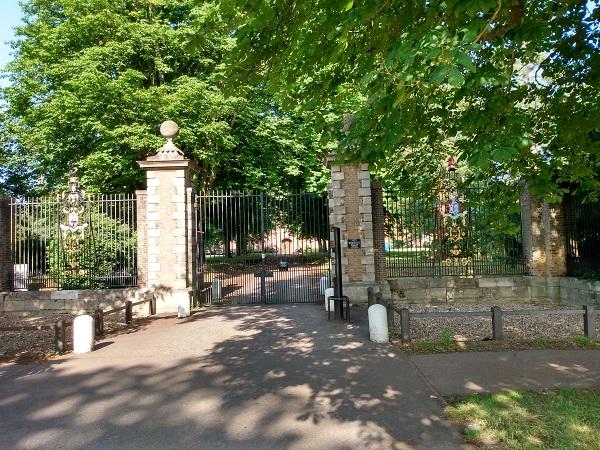 英國劍橋大學將限制與中共合作