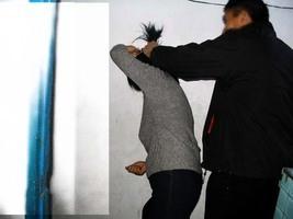 警察給喝一瓶水 法輪功學員唐曉燕異常離世