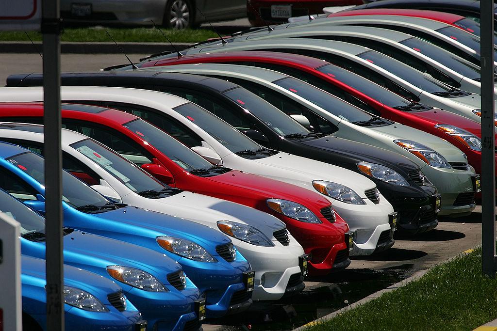 7月乘用車市場銷量數據顯示,7月狹義乘用車銷量與上月環比下降15.9%,與去年同比下降5%。前7個月累計銷量同比下降8.8%。(David McNew/Getty Images)