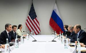 北極會議登場 美俄外長首次面對面會談