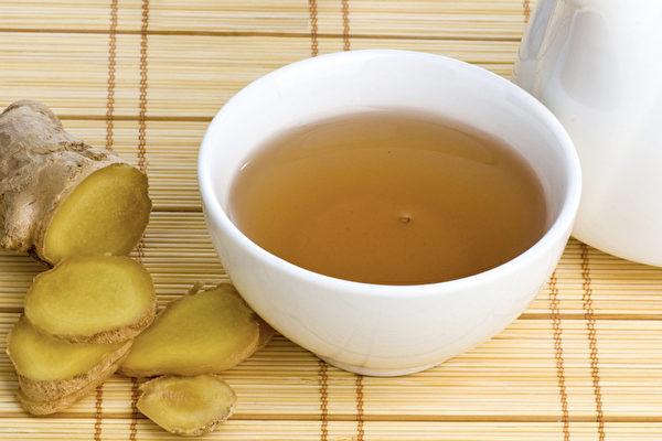 薑湯是能讓身體變暖和的最簡單又有效的飲品。(Shutterstock)