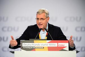 德議會外事委主席:應聯合美英對中共施壓