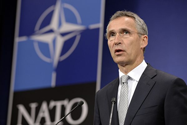 北約10月26日宣佈在東歐國家增加軍事部署,制衡俄羅斯軍事力量。(THIERRY CHARLIER/AFP/Getty Images)