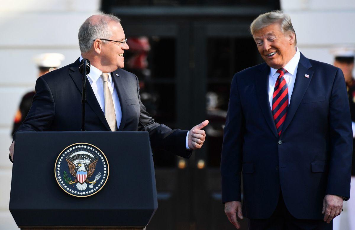 針對兩周前美國國會發生的暴力事件,澳洲總理莫里森(Scott Morrison)拒絕評論特朗普總統與國會暴力事件有關。圖為2019年9月20日,特朗普總統在華盛頓白宮歡迎澳洲總理莫里森(Scott Morrison)的正式訪問。(NICHOLAS KAMM/AFP via Getty Images)