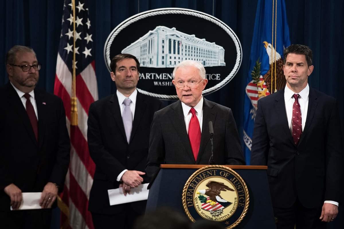 上周特朗普政府針對福建晉華的行動標誌著打擊中共經濟間諜活動的重大升級。(JIM WATSON/AFP/Getty Images)