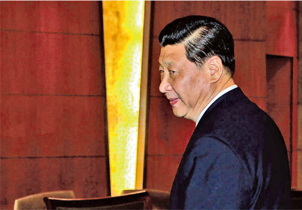 2012年習近平上任後首次出巡視察,前往深圳特區。(AFP)
