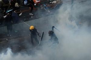 港警圍困理工大 美參議員急籲人權法案通關