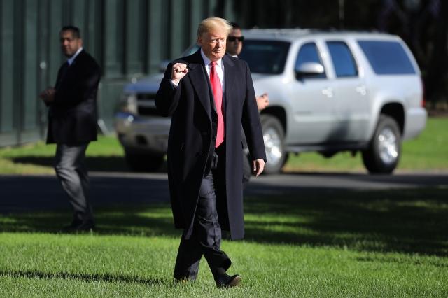 中美貿易戰加劇,美國總統特朗普5月13日上午再發一系列推文,稱中共損失更多,如果報復將付出更大代價。(SAUL LOEB/AFP/Getty Images)