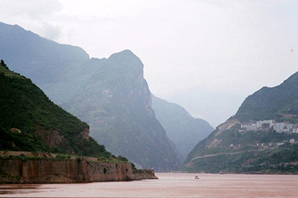 建造大壩前的長江三峽(意文/大紀元)