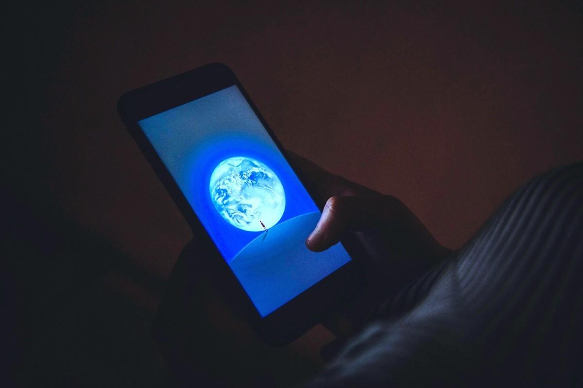 微信在海外的擴張帶來的不只是一個社交媒體工具,而是對海外社會的中共化,客觀上起到使當地政治向中共靠攏的作用。(ANTHONY WALLACE/AFP/Getty Images)