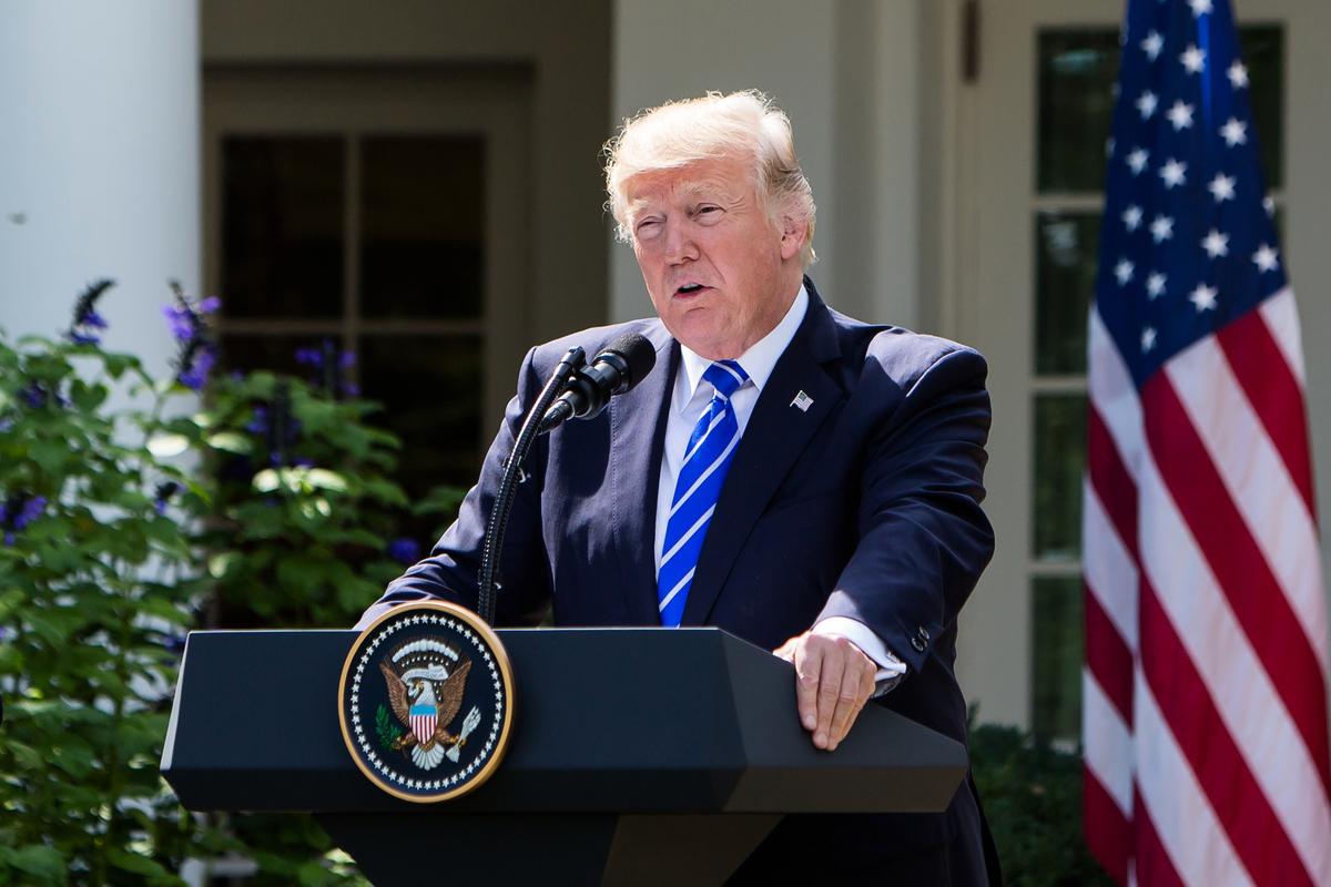 分析表示,在未來的中美貿易談判中,特朗普政府很可能啟用「人權」牌。(Samira Bouaou/大紀元)