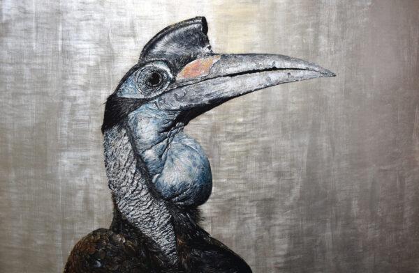 中途出道的天才畫家 用金箔點綴奇異鳥類獲獎