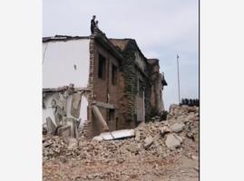 河南洛陽整村被逼遷 村民扛煤氣罐反抗