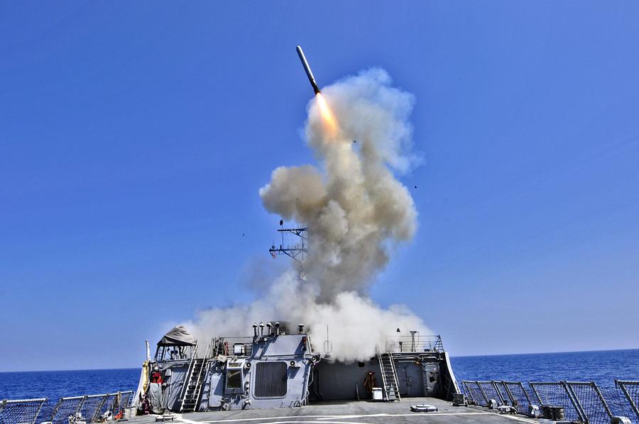 美軍艦第10次穿越台灣海峽 美日南海軍演