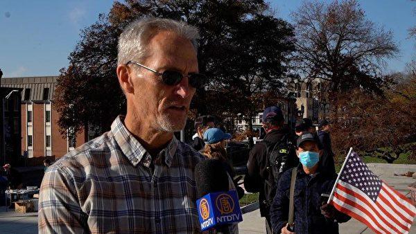 一家環境清潔公司總裁克雷格·科迪(Craigg Cody)認為大選中的「事實很重要」。(陳雷/大紀元)