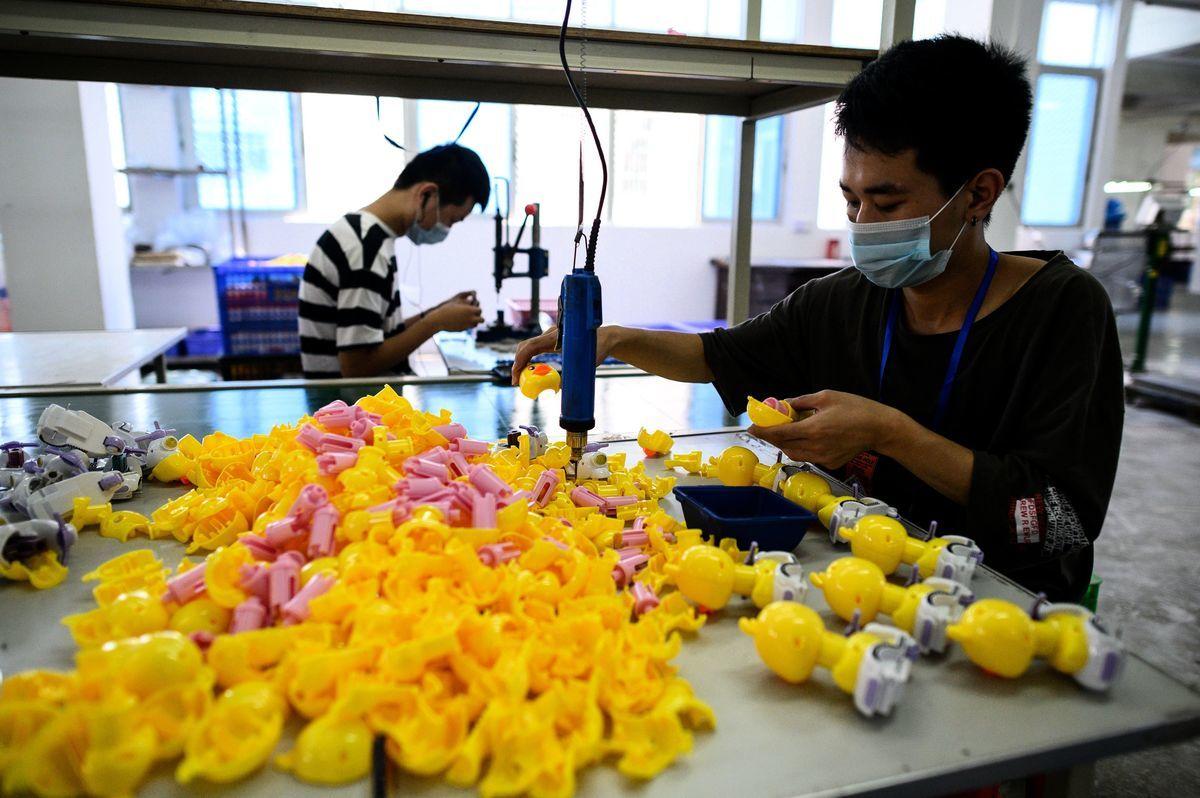 有經濟界人士認為大陸經濟還未走出困境。 (NOEL CELIS/AFP via Getty Images)