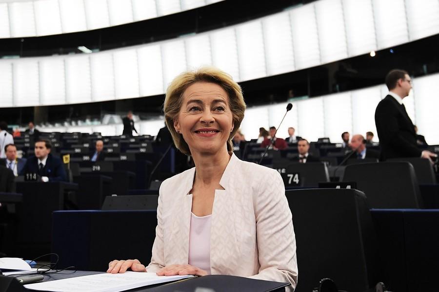 歐盟迎來首位女主席 馮德萊恩對中共強硬