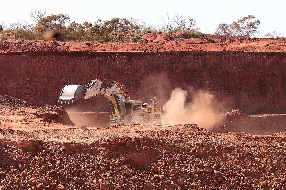 澳洲政府的現代製造業計劃將為企業提供價值13億澳元的補貼,以幫助他們擴大生產規模,為全球供應鏈提供商業成品。圖為西澳一處礦場。(Paul Kane/Getty Images)