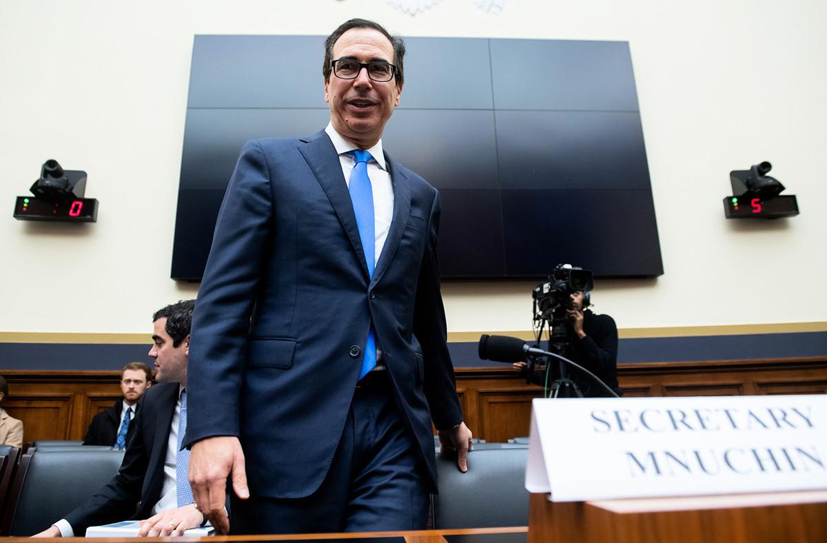 圖為美國財政部長史蒂文·姆欽(Steven Mnuchin)。(Photo by SAUL LOEB / AFP)