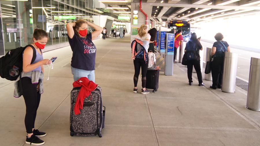 紐約市強制英國旅客隔離 派警方上門檢查