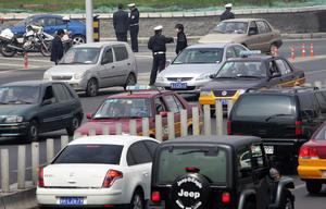 中國某縣政府成「劫匪」交通罰款佔財政三分之一