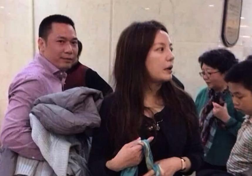 140名投資者起訴趙薇 最高涉及金額逾千萬