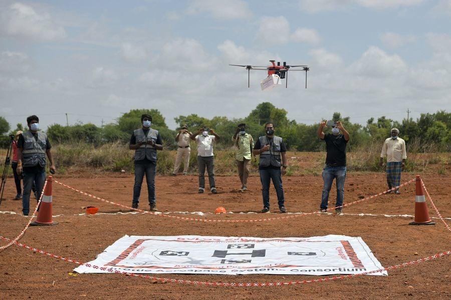 印度對首架醫療用無人機展開試驗(多圖)
