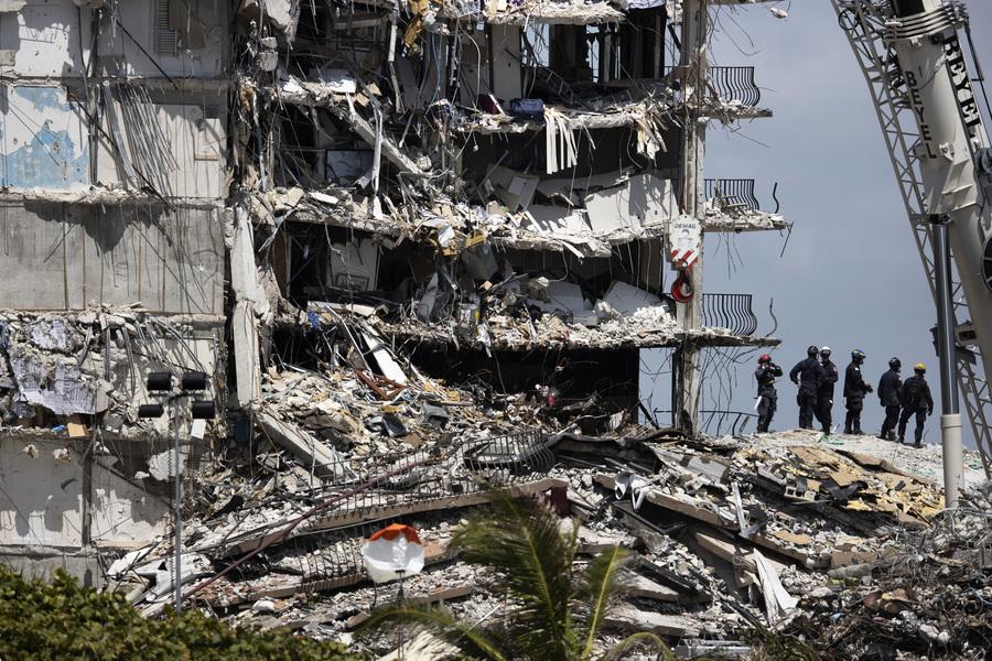 邁阿密大樓坍塌 大三學生描述與家人逃生一刻